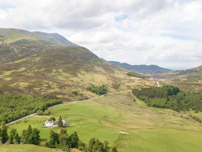Photo for Farmhouse at foot of the Munro Schiehallion 'fairy hill of the Caledonians'