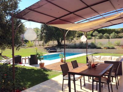 Photo for Beautiful air-conditioned villa, quiet, with pool in Aix-en-Provence