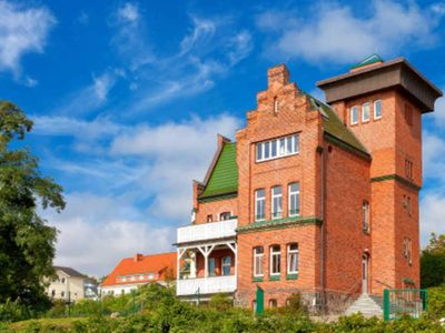 Photo for 1 bedroom + additional bed 3./4. P. - Maisonette Seelotse-Hafenblick-in hist. Seelotsenstation