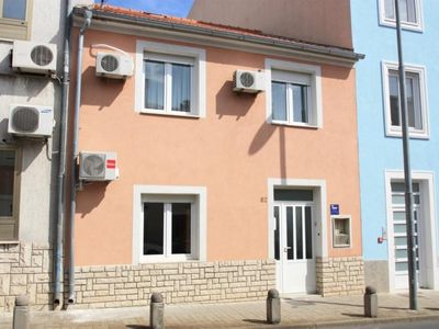 Photo for Holiday apartment in the center, with air, satellite TV and barbecue