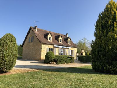 Photo for 4km stone Perigord Sarlat with private heated pool and children's pool