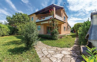 Photo for Holiday house in Medulin for 6 + 2 persons
