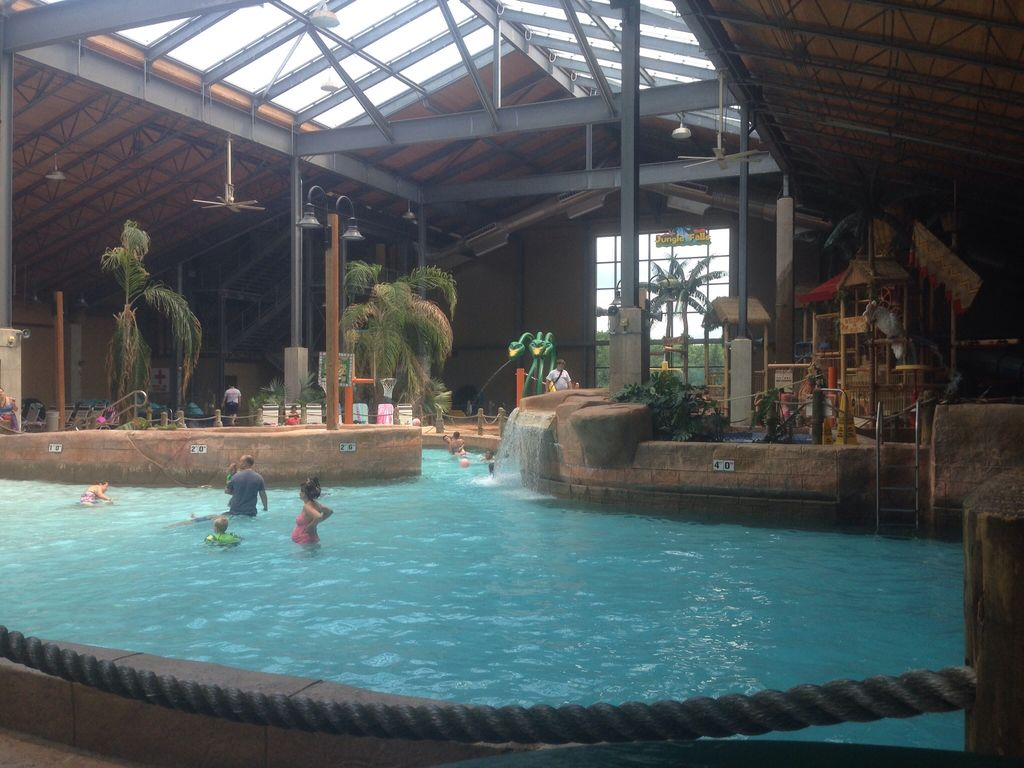 Pet Friendly, close to Skiing, Casinos, Waterparks, State Parks, and Jim Thorpe