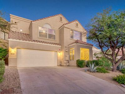 Photo for Incredible Private Home with a Pool, Shopping and Dining, Everything you Need!
