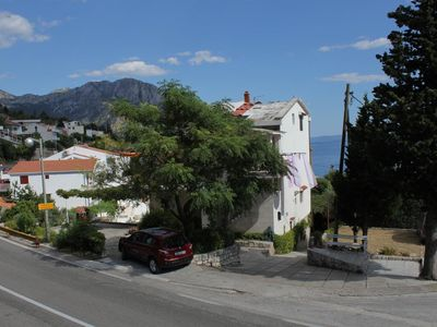 Photo for One bedroom apartment with balcony and sea view Brist (Makarska)