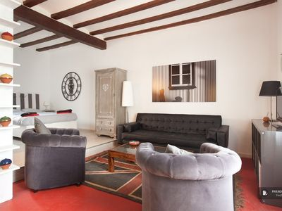 Photo for Friendly Rentals The Plaza Real Loft Apartment in Barcelona
