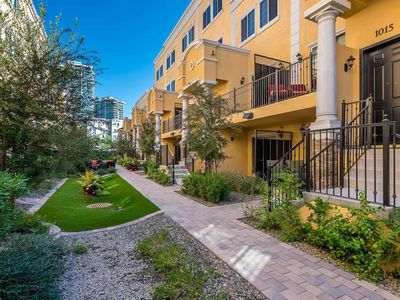 Photo for Beautiful 3BR/2.5BA ASU CAMPUS, MILL AVE DISTRICT, TEMPE TOWN LAKE