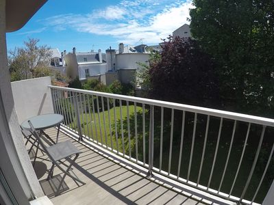 Photo for 90m2 apartment on Garden - Balcony South -close Defense and Paris Saint Lazare