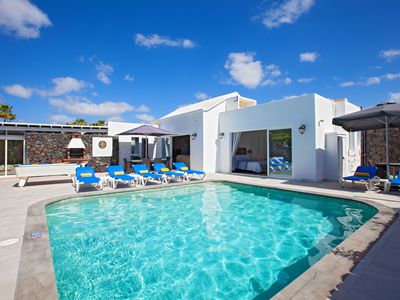 Photo for Casa Cristal, 4 Bedroom 3 Bathroom Sleeps 10, Private Heated Pool  & Free Wifi