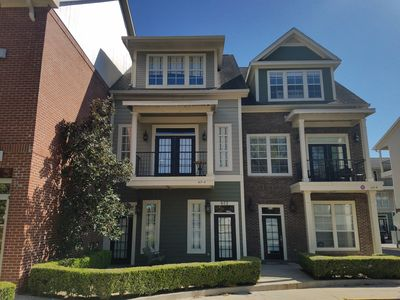 Photo for Luxury in the heart of Tallahassee!