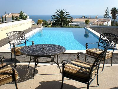 Photo for Luxury Villa with Fabulous Infinity Pool and Ocean Views!