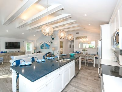 Photo for Perfect Location! Walk to Siesta Key Village & the Beach! Amazing Pool area!!!