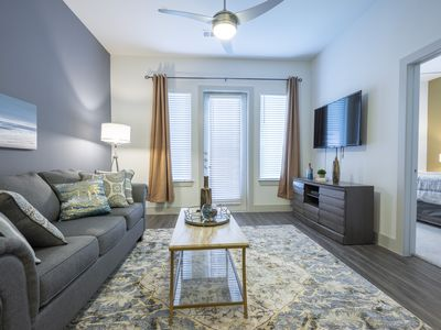 Photo for LUXURIOUS ACCESSIBLE MONTROSE BUSINESS & FAMILY CONDO  - ⭐⭐⭐⭐⭐