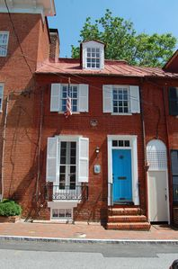 Photo for Perfect place for the whole family to come and enjoy all that Downtown Annapolis has to offer
