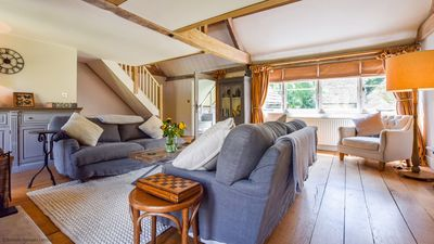 Photo for The Quail House, Sandford St Martin, Cotswolds - sleeps 6 guests in 3 bedrooms, with 2 bathrooms