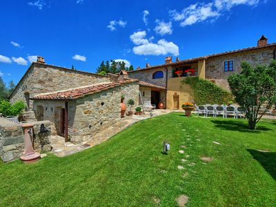 Photo for 6 bedroom Villa, sleeps 12 in Fattoria Montecchio with Pool, Air Con and WiFi