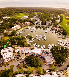 Photo for Harbour Town Villa/Pool pass included! Only steps away from lighthouse!