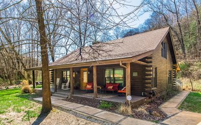 Stunning Water Front Property Centrally Located In The Heart Of Hocking Hills.