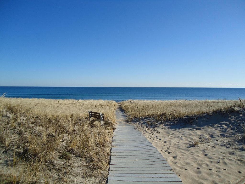 Desirable Seabrook Beach Home 50 Yards From Homeaway Nh