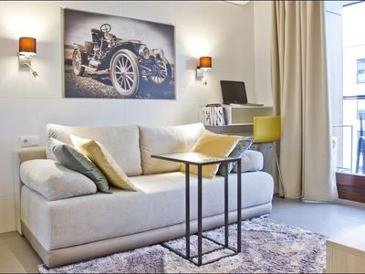 Photo for 1.4 km from the center of Warsaw with Air conditioning, Lift, Parking, Washing machine (549841)