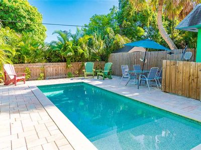 One Minute from the Gulf Beaches!  ☼ Inquire for Reduced Rates!