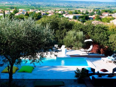 Photo for Peaceful villa in the heart of the scrubland with private pool overlooking charming village