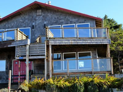 Photo for SALISH~MCA# 685AB-GF~Cozy oceanfront home with amazing oceanviews!