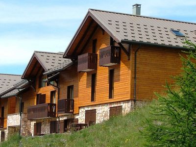 Photo for Semi-detached triplex chalet at the foot of the ski runs