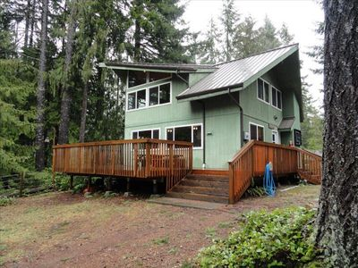 Photo for Family Lake Place- 3 Bdrm- Year Round Hiking, Boating, Fishing