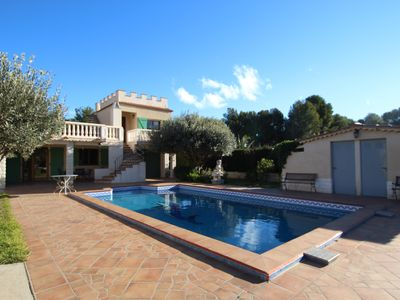 Photo for Beautiful villa with private pool fully landscaped