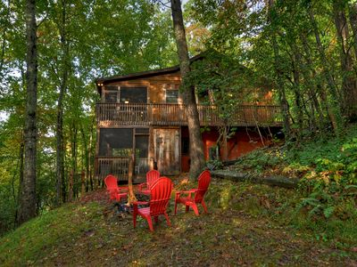 """Photo for """"America the Beautiful"""" in a North Georgia Cabin. 3 bedroom mountain home!!!"""
