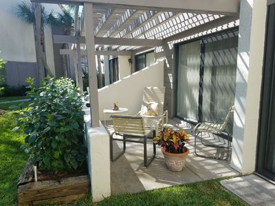 Photo for Eclectic Beach Retreat, 1st Floor Garden View, Short Walk to Beach and Pool