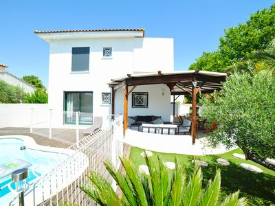 Photo for Beautiful 4 * villa with pool 250m from the beaches