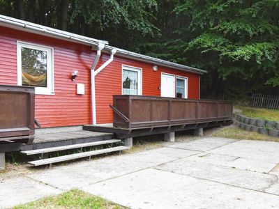 Photo for Ferienbungalow C - holiday bungalows on the edge of the beech forest in the Baltic Sea resort of Sellin