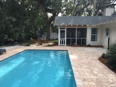 Photo for SSI, East Beach cottage w/ large pool. Pet friendly. Close to beach. Bikes.