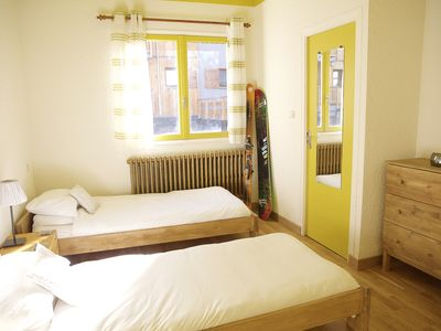 Photo for Warm and friendly chalet with en-suite Twin room