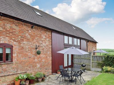 Photo for 2 bedroom accommodation in Abbots Lench, near Evesham
