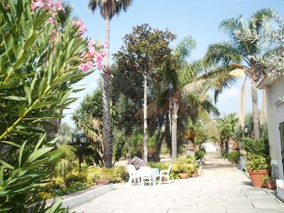 Photo for LOVELY VILLA in the BOTANICAL GARDEN 12000 MT A 5 MIN FROM THE SEA