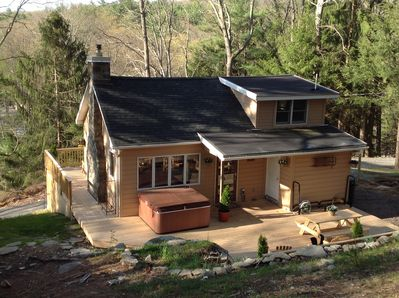 Remarkable Picturesque Hillside Cabin In The Woods On 1 5 Acres Wrap Around Deck Hot Tub Dingmans Ferry Interior Design Ideas Skatsoteloinfo