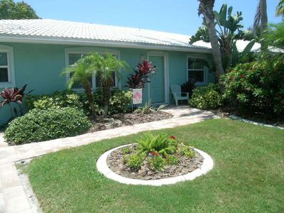 Photo for Delightful 2 bedroom, 2 bath villa just steps from the beach.