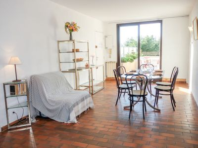 Photo for Apartment Le Grand Vallon in Bandol - 4 persons, 1 bedrooms
