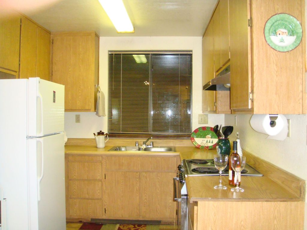 Ask for august discount lake tahoe guest cabin 1bd 1bth for Cheap tahoe cabin rentals