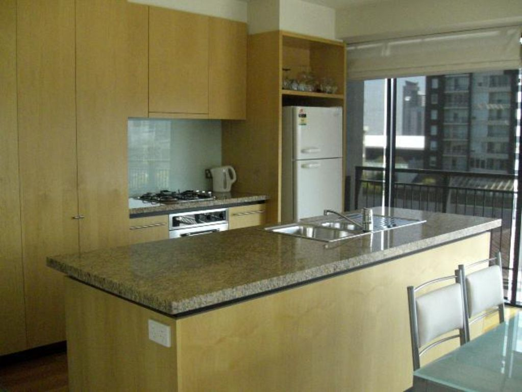 Clarendon Towers - 3 bedroom apartment