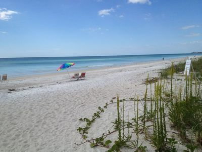 Photo for 1BR Condo Vacation Rental in Bradenton Beach, Florida
