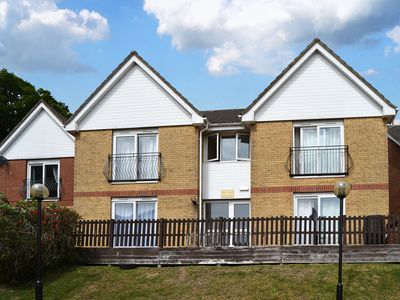 Photo for 1 bedroom accommodation in Wootton Bridge