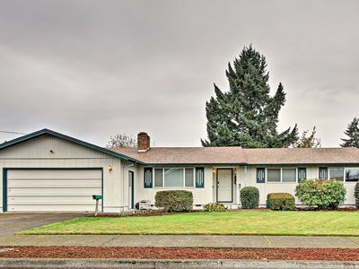 Photo for Ideally Located Eugene Home w/Game Room & Fire Pit