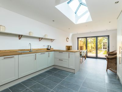 Photo for Spacious 3 bedroom house close to Wanstead Park