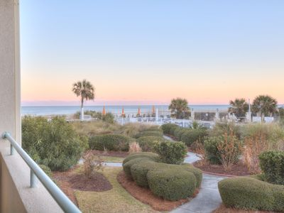 DeSoto Beach Club – Unit 107 - Spectacular Views of the ocean - Swimming Pool