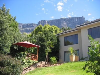 Photo for Holiday home at the foot of Table Mountain, calm secure location, fully equipped