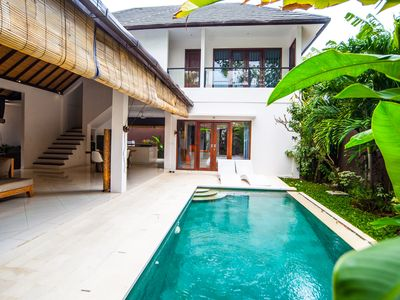 Photo for Modern minimalis villa near Canggu Club